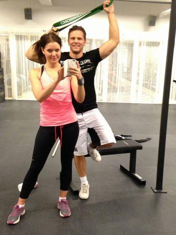 Kunde så småningom resa på mig och bjuda på en pose tillsammans med coach Malin.